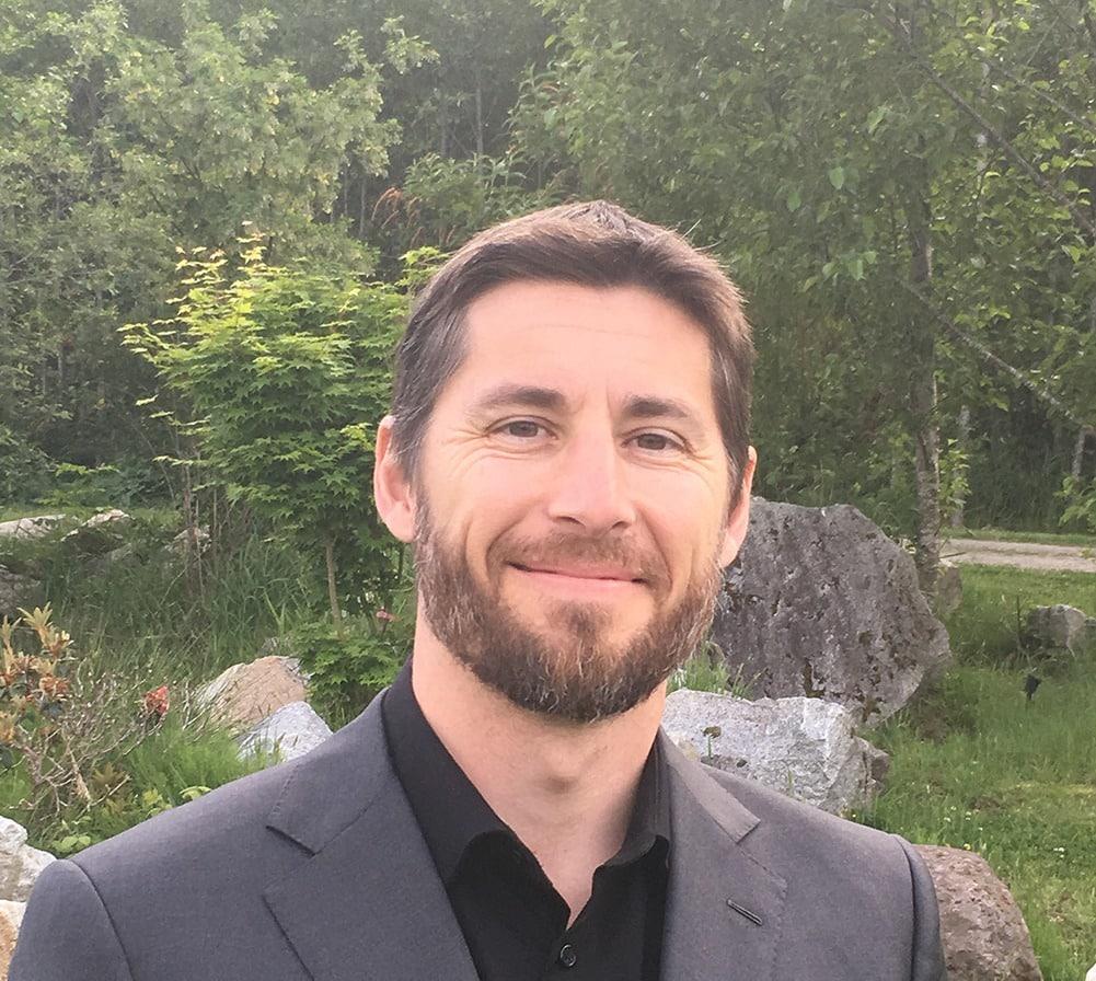 Dr Kevin Lutz